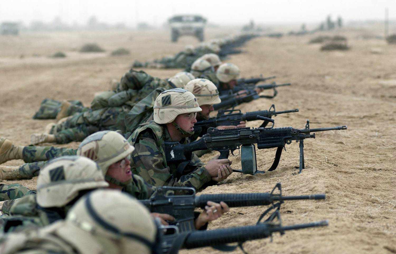 Секс на военной базе 8 фотография