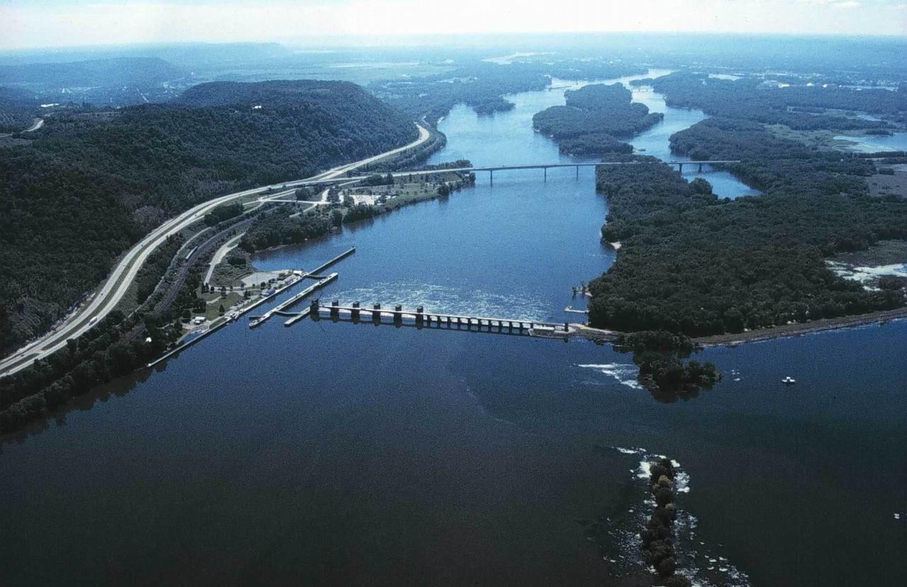 Крупнейшие реки впадающие в залив
