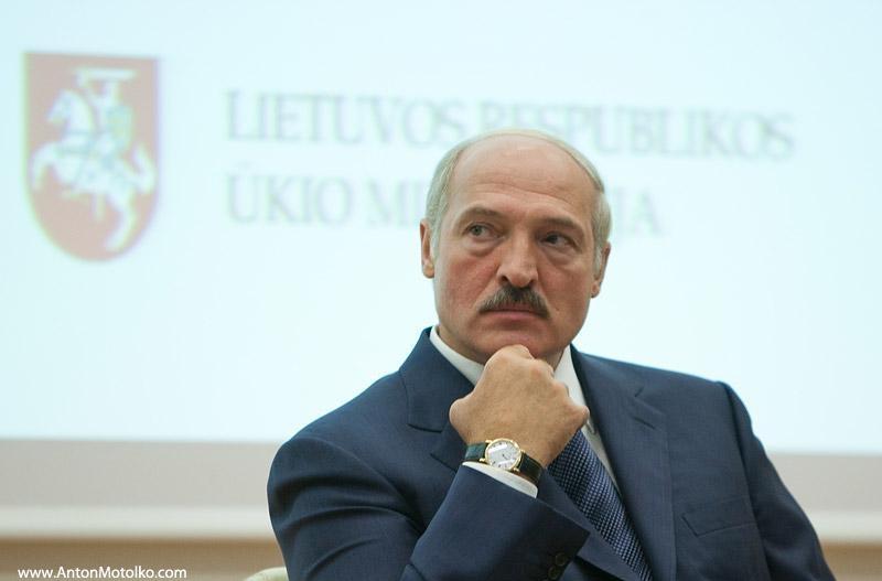 На швейцарские часы Лукашенко пришлось бы копить восемь с половиной месяцев