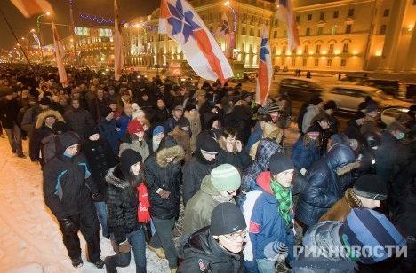 Белорусские оппозиционеры в ночь на 20 декабря протестовали против результатов президентских выборов