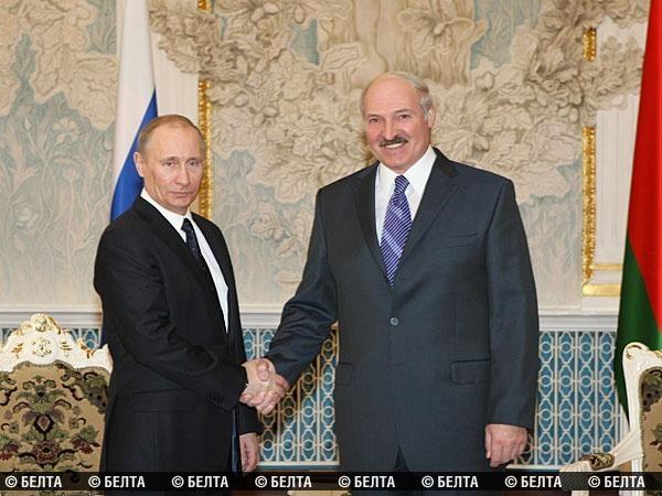 Лукашенко и Путин проведут двустороннюю встречу в Москве