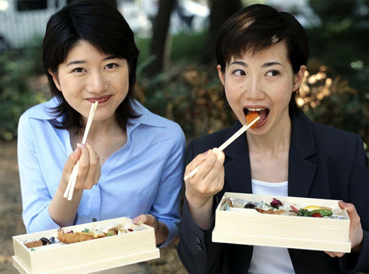 Японки легкого поведения 24 фотография