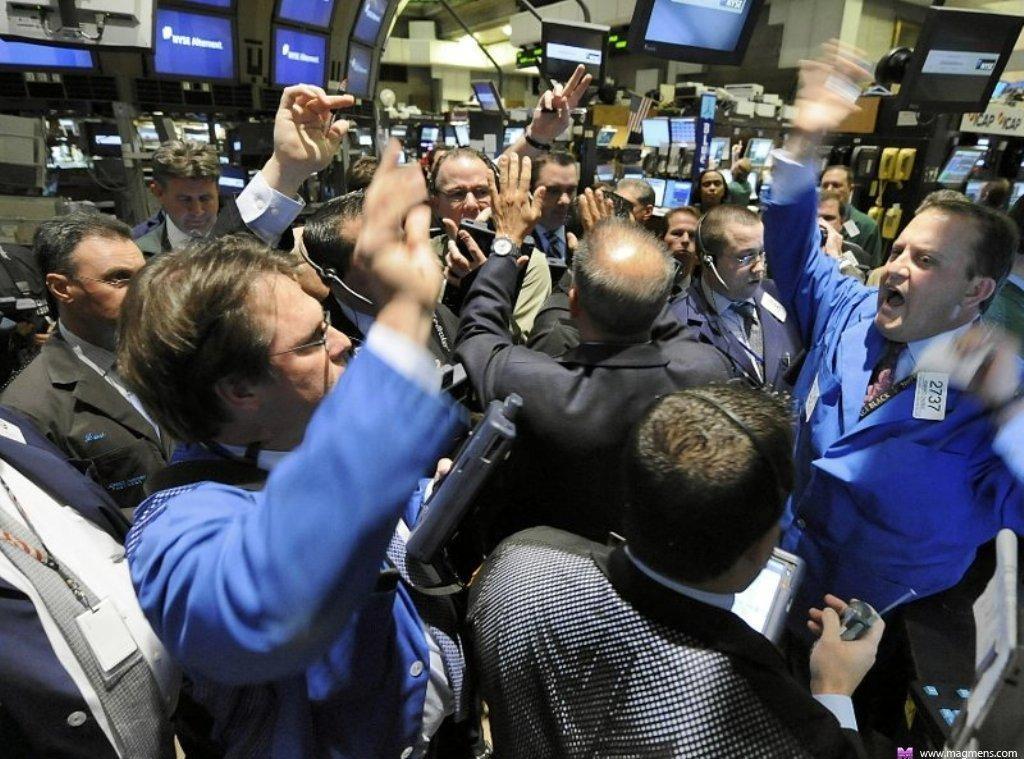 Информация влияет на волатильность рынка