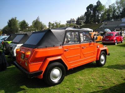 2.32. VW Safari