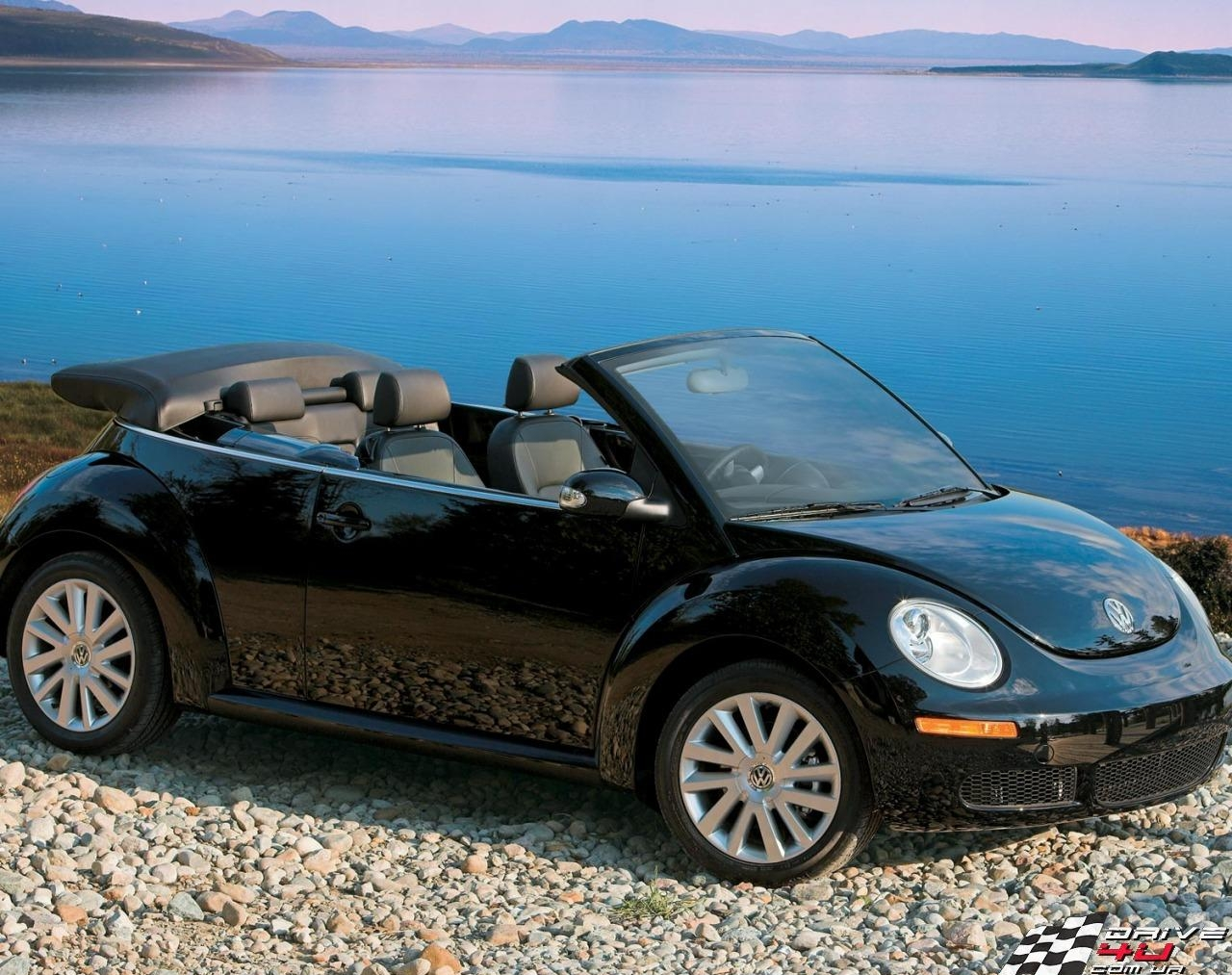 2.71. Кабриолет VW New Beetle Cabrio