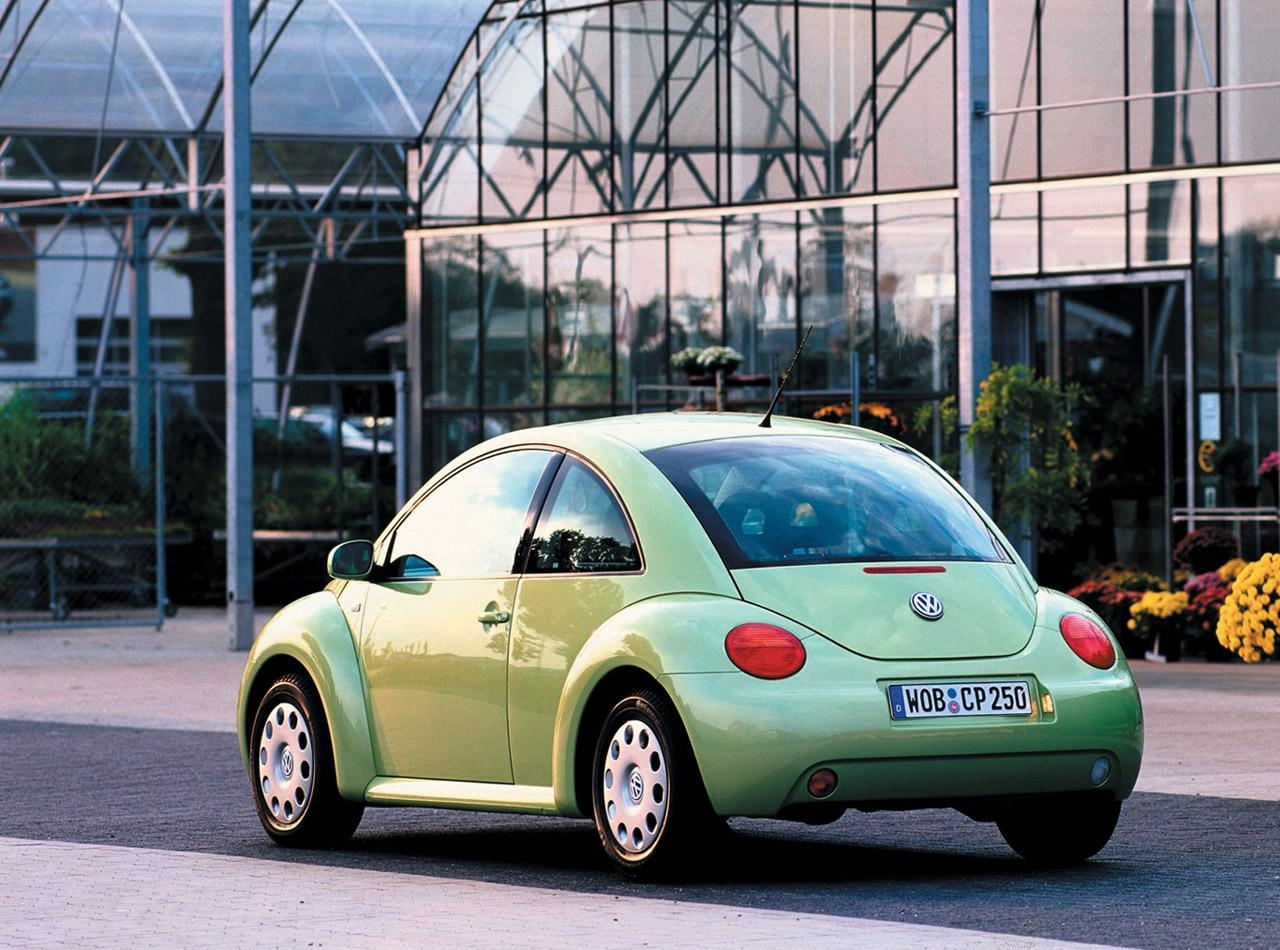 3.32. VW New Beetle, 2000