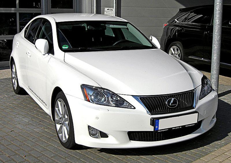 8.111. Lexus IS
